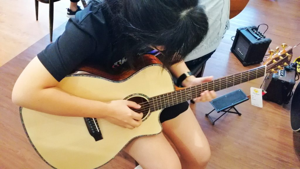 CPJ Music 木吉他_OMGloh