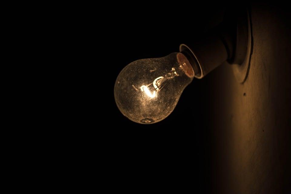bulb 915235 960 720 1 2 at omgloh.com