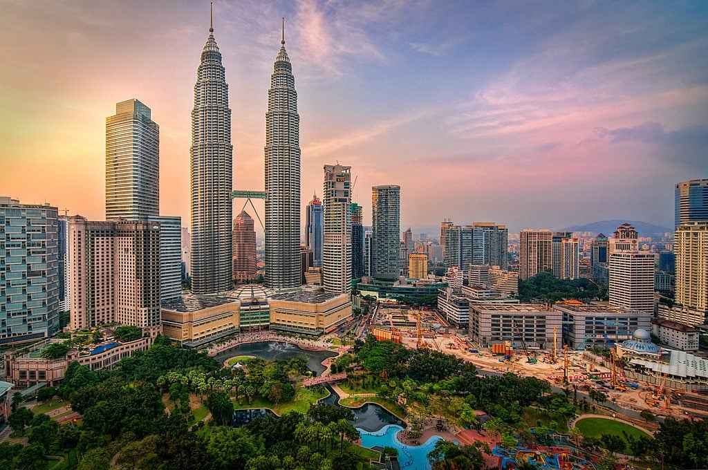 Why Choose to Study in Malaysia0 at omgloh.com