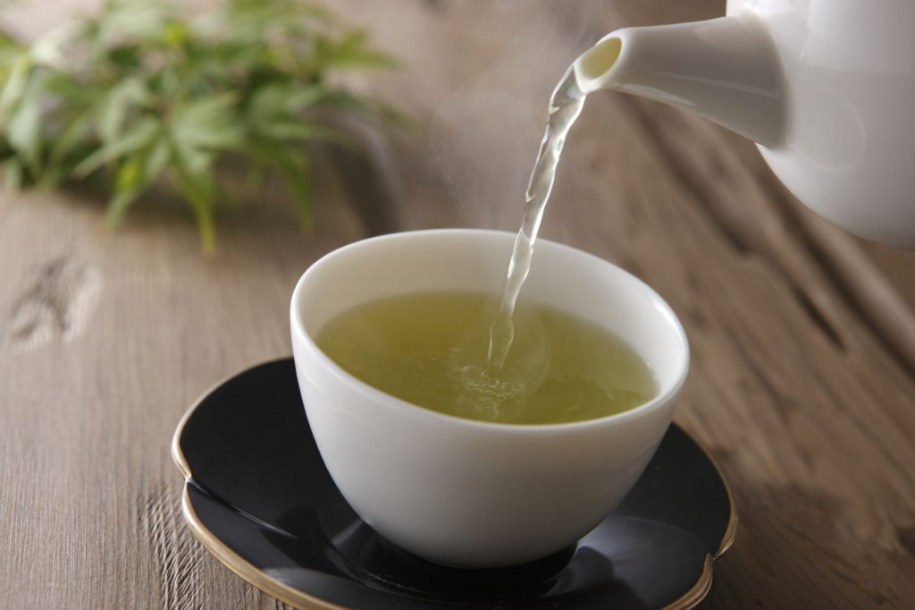 green tea pouring cup at omgloh.com