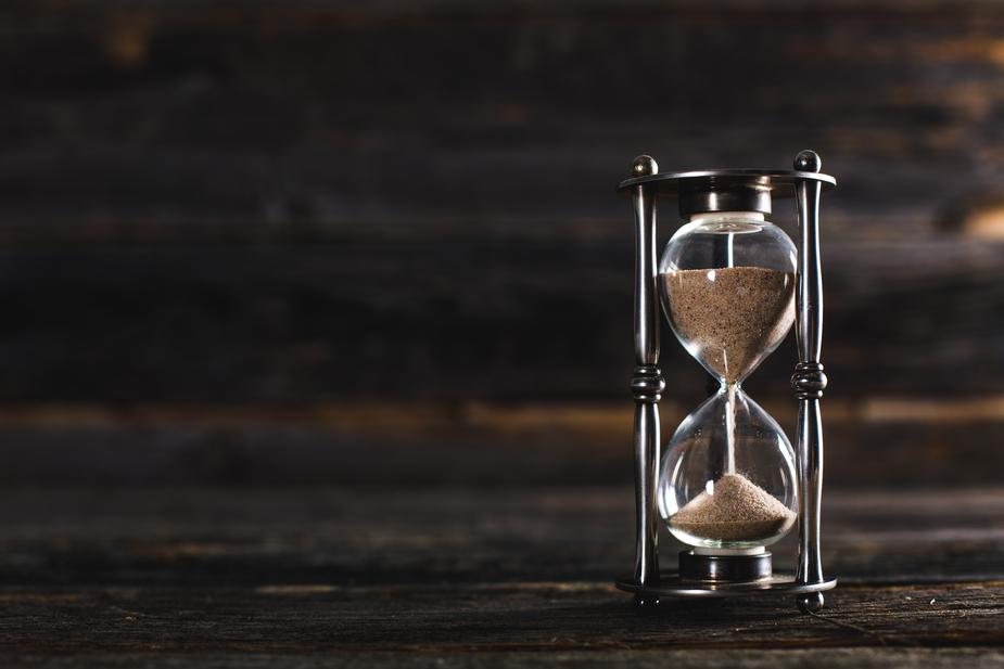 hour glass sands of time at omgloh.com
